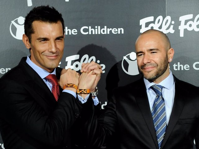 Jesus Vazquez and his husband Roberto Cortes attend Folli Follie and Save The Children Bracelet Launch Dinner at Santo Mauro Hotel on November 5, 2009 in Madrid, Spain.