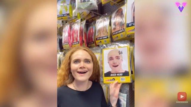 Esta mujer encuentra a su doble en un paquete de calvas