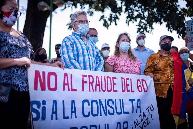 Equipos para la consulta convocada pr la oposición venezolana en Carabobo