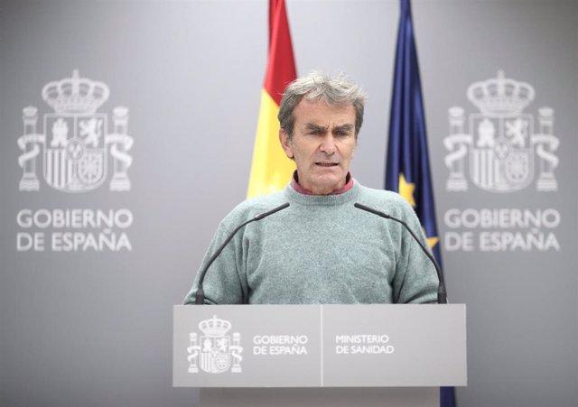 El director del Centro de Coordinación de Alertas y Emergencias Sanitarias (CCAES), Fernando Simón, comparece en rueda de prensa en Moncloa para informar de la evolución de la pandemia, en Madrid (España), a 29 de octubre de 2020.