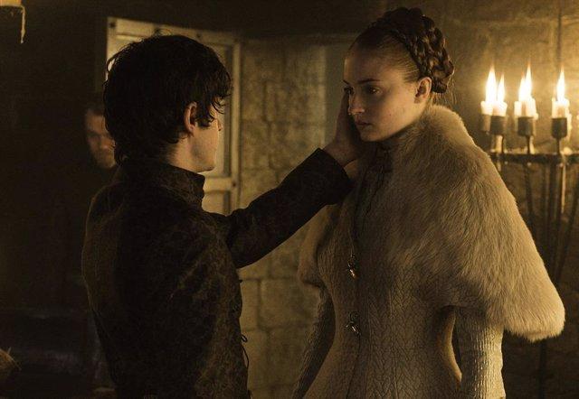 """Iwan Rheon rememora la violación de Sansa en Juego de tronos: """"Fue el peor día de mi carrera"""""""