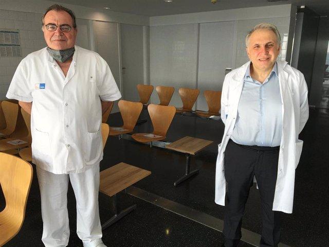 El investigador del grupo de investigación celular en inflamación y cartílago del Hospital del Mar-IMIM, Josep Blanch-Rubió, y  el coordinador del grupo, Jordi Monfort, son dos de los investigadores del estudio