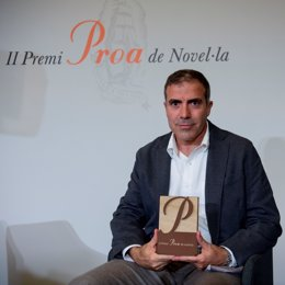L'escriptor Francesc Serés, guanyador del Premi Proa de Novel·la