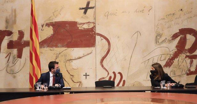 El vicepresident del Govern, Pere Aragonès, i la consellera de Presidència, Meritxell Budó