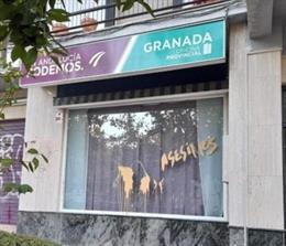 Pintadas en la sede de Podemos en Granada