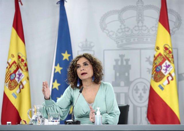 La ministra portaveu i d'Hisenda, María Jesús Montero, compareix en la roda de premsa posterior al Consell de Ministres a La Moncloa. Madrid (Espanya), 3 de novembre del 2020.