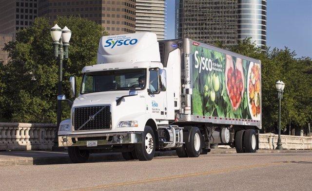 Camión con el logo de Sysco.