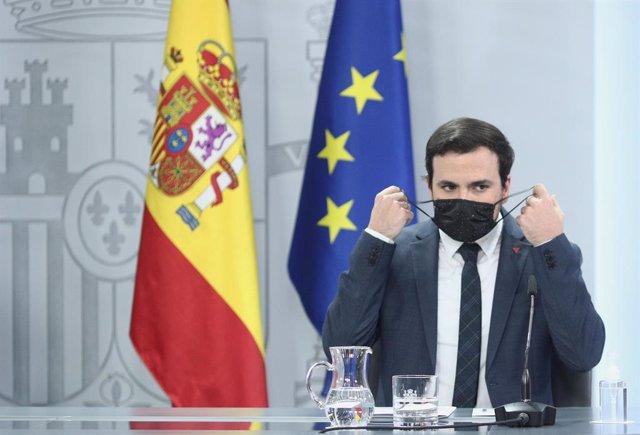 El ministro de Consumo, comparece en rueda de prensa posterior al Consejo de Ministros en Moncloa, Madrid (España), a 3 de noviembre de 2020.