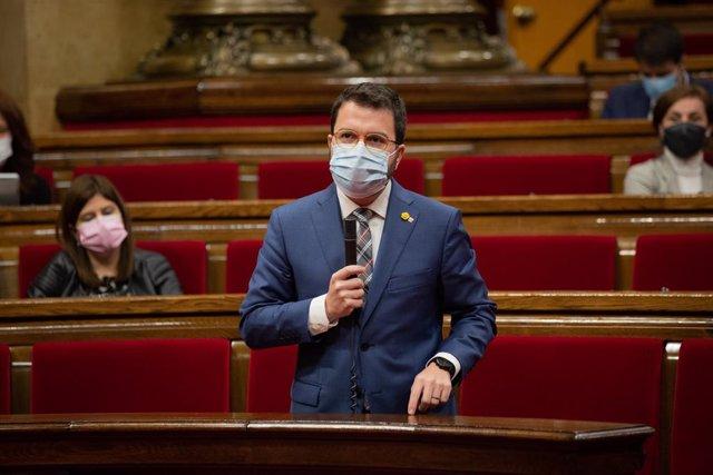 El vicepresident de la Generalitat, Pere Aragonès, en la sessió de control al Govern en el ple del Parlament.