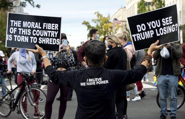 Protesta contra Donald Trump a la plaça Black Lives Matter de Washington