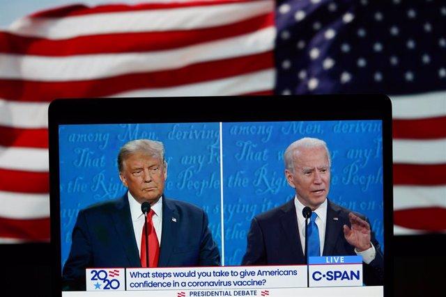 Donald Trump y Joe Biden en el segundo debate electoral