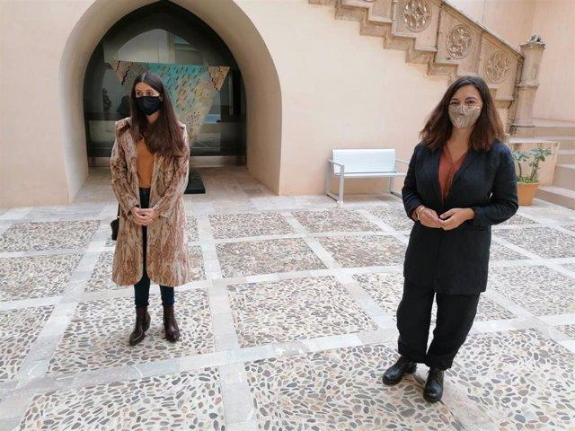 La delegada de la Presidencia para la Cultura, Catalina Solivellas, y la directora gerente de Es Baluard Museu, Imma Prieto.