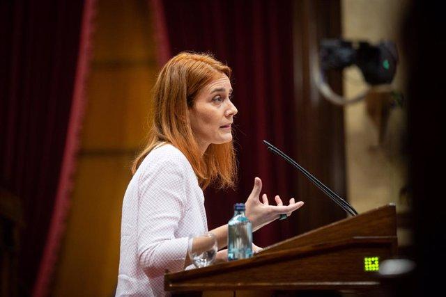 La líders dels comuns al Parlament, Jéssica Albiach, en un ple per tractar la crisi sanitària del coronavirus. Barcelona, Catalunya (Espanya), 6 d'octubre del 2020.