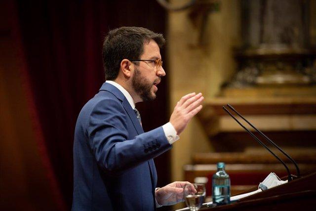 El vicepresident de la Generalitat, Pere Aragonès, en una compareixença sobre la gestió de la segona onada en el ple del Parlament.