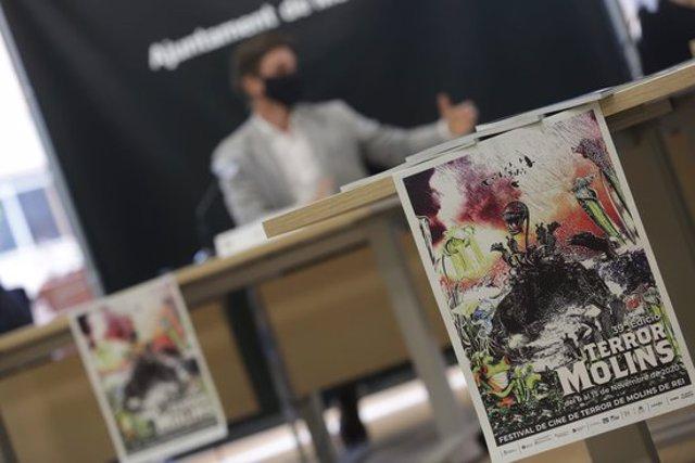Imatge del cartell durant la presentació del certamen aquest 4 d'octubre de 2020. (Horitzontal)