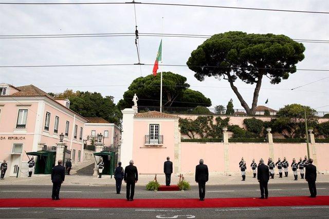 Homenaje oficial a la víctimas del coronavirus en Portugal