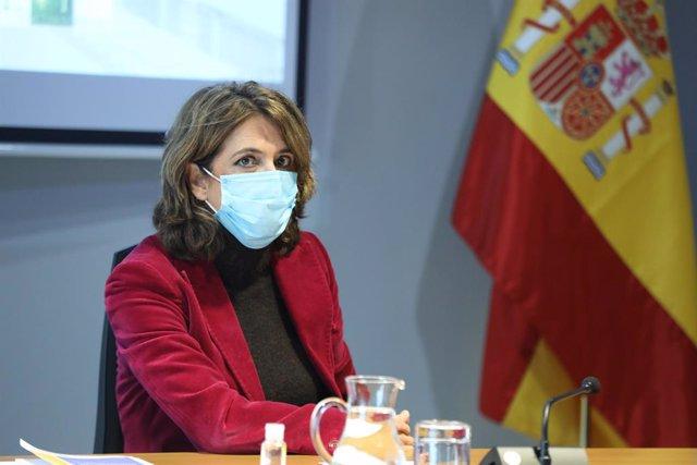 La Fiscal General del Estado, Dolores Delgado, durante el acto de presentación de la Guía para el Uso Forense del ADN. En Madrid, (España), a 4 de noviembre de 2020. Esta guía tiene como finalidad facilitar el conocimiento del uso forense del ADN a los pr