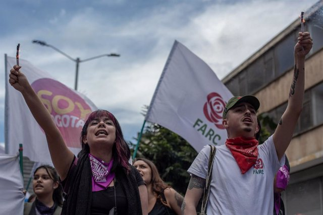 Simpatizantes del partido FARC, surgido tras la desmovilización de la ya desaparecida guerrilla.
