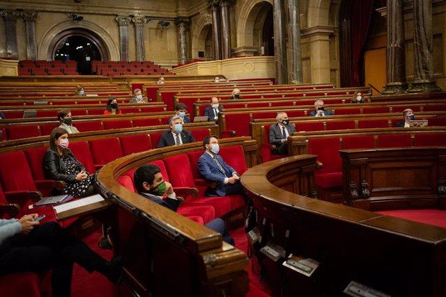 Vista de l'hemicicle durant una sessió de control al Govern de la Generalitat en el Parlament, a Barcelona, Catalunya (Espanya), a 4 de novembre de 2020.