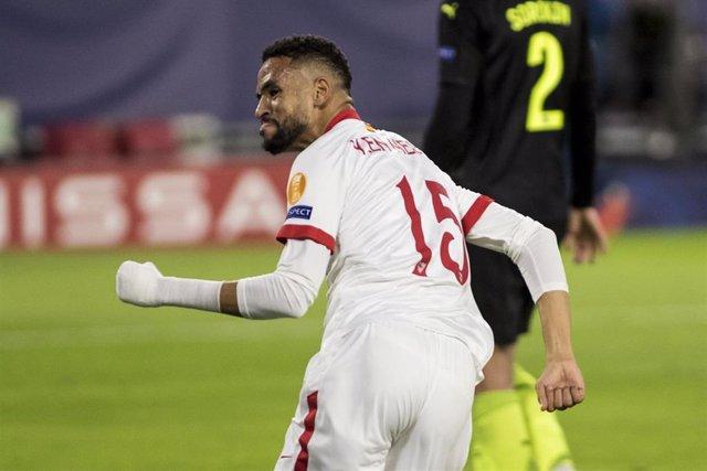 Youssef En-Nesyri celebra su doblete ante el Krasnodar
