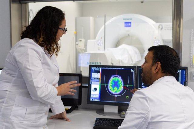 Tecnología PET en la Clínica Universidad de Navarra para el diagnóstico de Alzheimer.