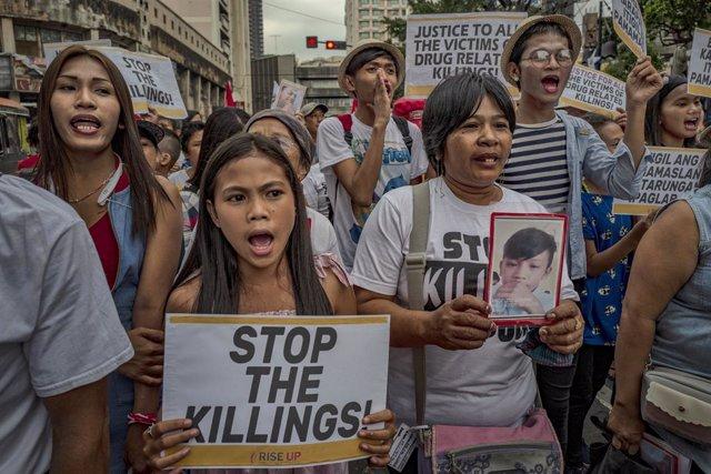 """Una protesta contra la """"guerra contra las drogas"""" del presidente Rodrigo Duterte en Filipinas"""