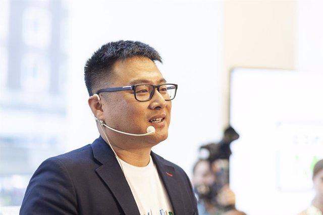 El director de la unidad de Consumo de Huawei España, Pablo Wang, en la presentación de espacio Huawei en Madrid el 4 de julio