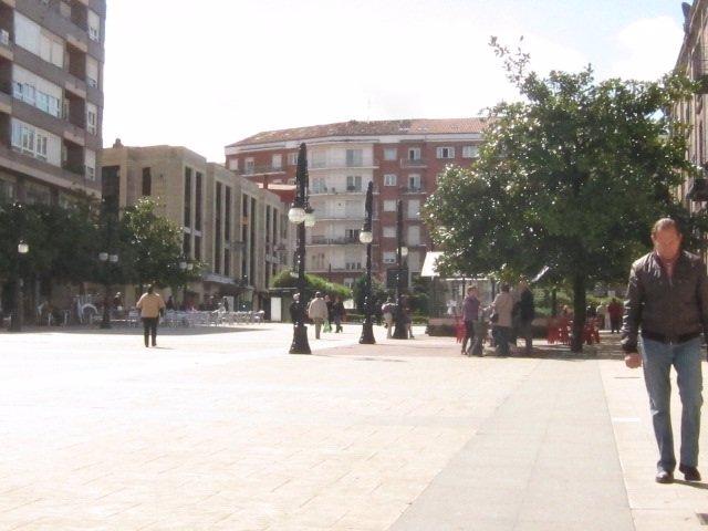 Torrelavega, Plaza Del Ayuntamiento