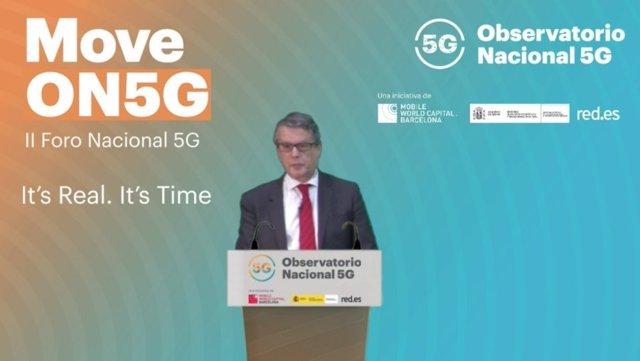 El secretario de Estado de Telecomunicaciones e Infraestructuras Digitales, Roberto Sánchez, en la clausura del II Foro Nacional 5G