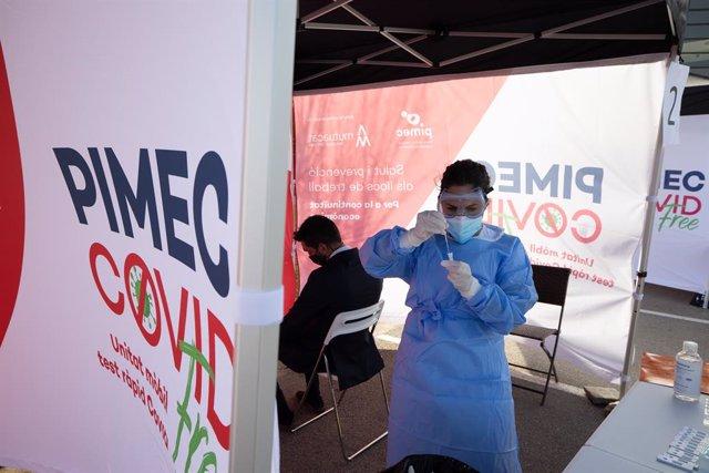 Pimec i Mutuacat realitza tests ràpids d'antígens en 32 empreses del Vallès Occidental (Barcelona).