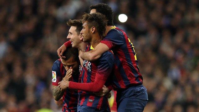 Alves, Messi y Neymar jugadores del Barcelona