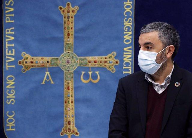 El consejero de Medio Rural y Cohesión Territorial, Alejandro Calvo, en rueda de prensa.