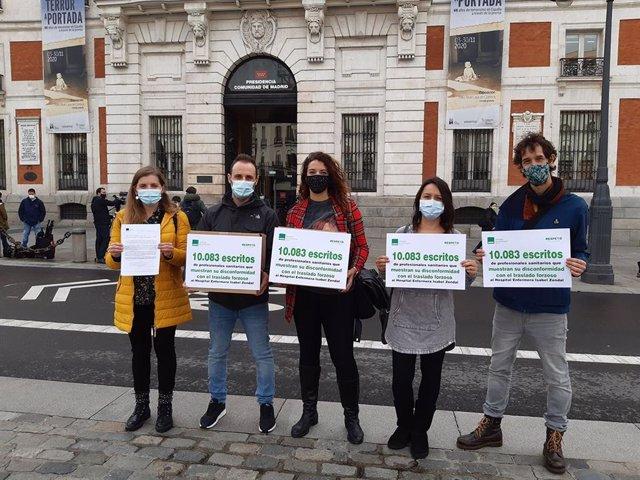 Representantes de Satse a en Madrid entregan 3.748 nuevos escritos contra traslados al Zendal