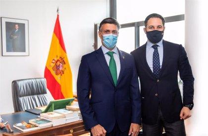 Leopoldo López continúa sus encuentros con líderes políticos españoles reuniéndose con Abascal en el Congreso