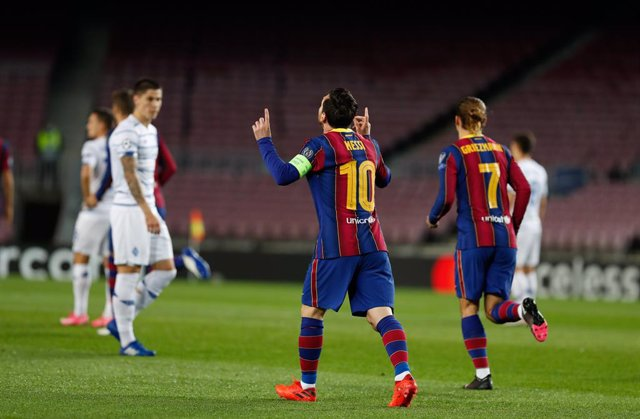 04 November 2020, Spain, Barcelona: Barcelona's Lionel Messi celebrates scoring his side's first goal during the UEFA Champions League Group G soccer match between FC Barcelona vs FC Dynamo Kyiv at Camp Nou. Photo: -/DAX via ZUMA Wire/dpa