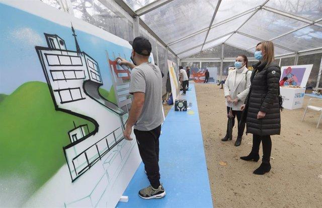 La conselleira Fabiola García en la final de grafiti del Xuventude Crea 2020