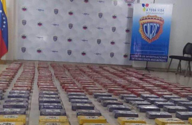 Fardos de cocaína incautados en Barcelona, Venezuela