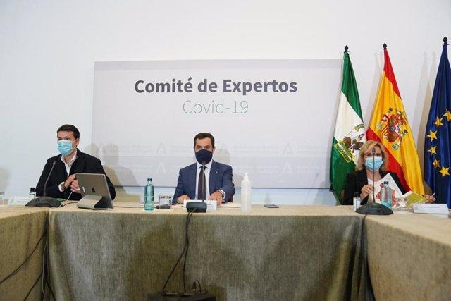 El presidente de la Junta de Andalucía, Juanma Moreno, preside la reunión del comité de expertos para la pandemia del Covid-19