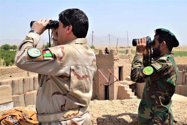 Miembros de las fuerzas de seguridad del Gobierno de Afganistán durante unas maniobras de la provincia de Kandahar, en el sur del país.