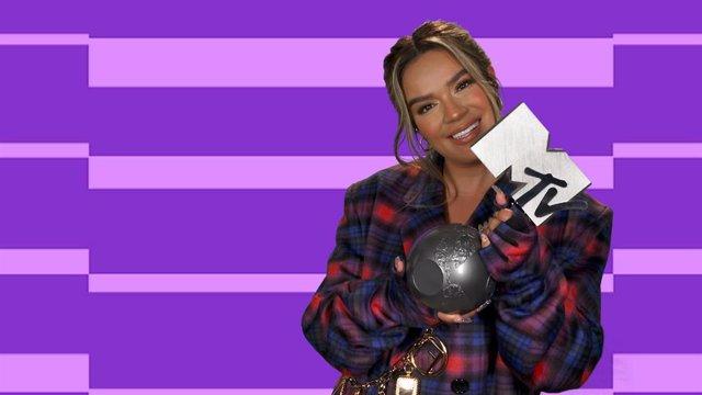 Karol G Se Hace Con El Premio A Mejor Artista Latina En Los MTV EMA's 2020. T
