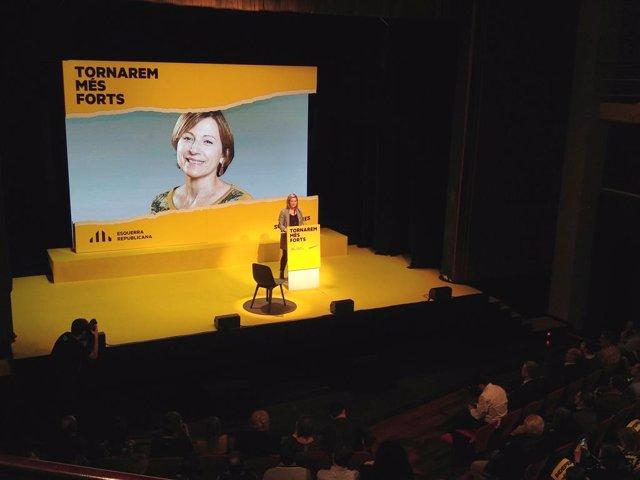 La diputada d'ERC al Parlament Raquel Sans, en un míting al Teatre Metropol de Tarragona, 5 de novembre del 2019.