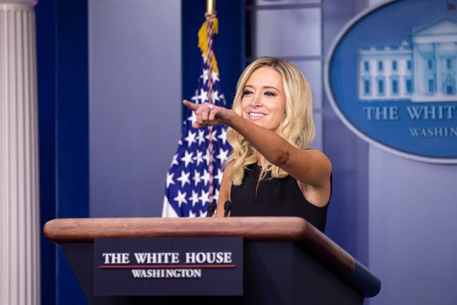 HANDOUT - 22 September 2020, US, Washington: White House Press Secretary Kayleigh McEnany speaks during a press conference at he James S. Brady Press Briefing Room of the White House. Photo: Randy Florendo/The White House /dpa - ATTENTION: editorial use o