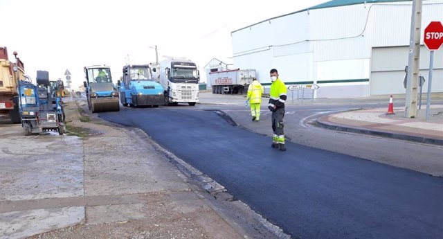 Obras en la travesía de Villarreal de Huerva