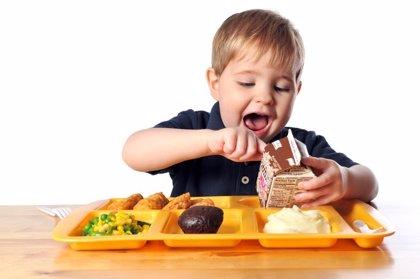 ¿Cuál es la mejor hora para almorzar, según los pediatras?
