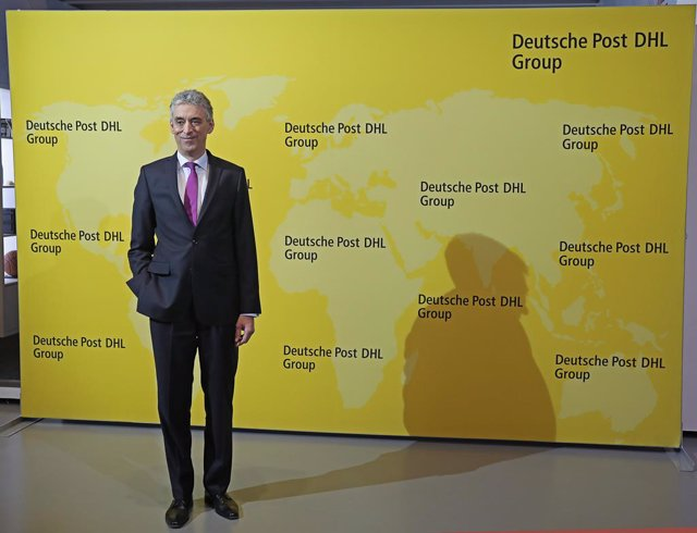 10 March 2020, North Rhine-Westphalia, Troisdorf: Frank Appel, Chairman of the Board of Management of Deutsche Post, arrives to attend the annual press conference of Deutsche Post. Photo: Oliver Berg/dpa