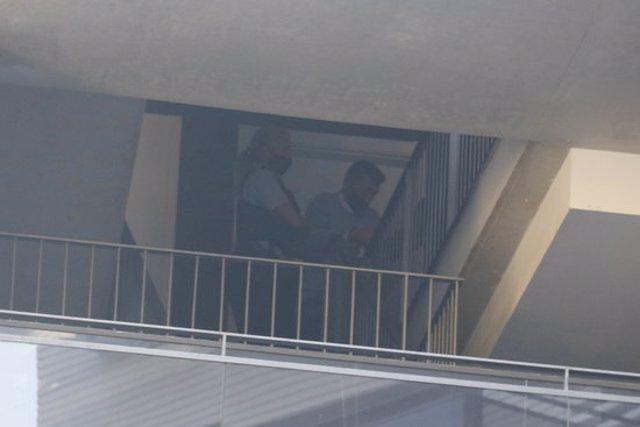 Els Mossos d'Esquadra emportant-se el detingut per haver mort la dona a Lloret de Mar, aquest 9 de novembre del 2020 (Horitzontal)