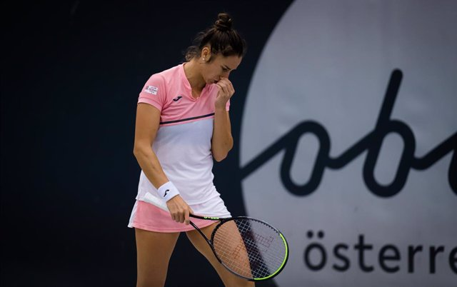 Sara Sorribes Tormo of Spain in action during the first round at the 2020 Upper Austria Ladies Linz WTA International tennis tournament against Camila Giorgi of Italy