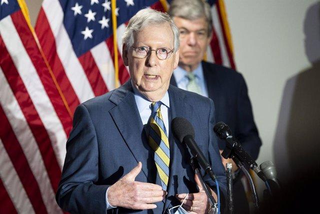 09 June 2020, US, Washington: US Senator Mitch Mcconnell talks to the press after the weekly Senate Republican press conference. Photo: Michael Brochstein/ZUMA Wire/dpa