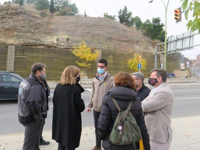 Imatge del primer tinent d'alcalde i regidor d'Urbanisme de la Paeria, Toni Postius, durant la visita a les obres de millora al Turó de Gardeny, el 10 de novembre del 2020. (Horitzontal)