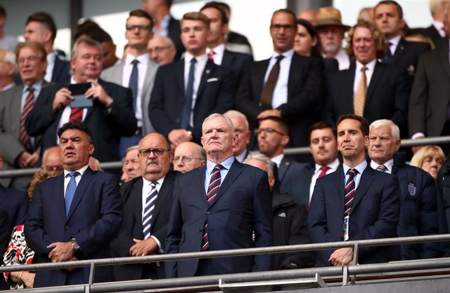 07 September 2019, England, London: Chairman of The English Football Association (FA), Greg Clarke (C), is pictured in the stands during the UEFA EURO 2020 qualifiers Group A soccer match between England and Bulgaria, at the Wembley Stadium. Photo: Tim Go